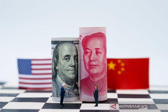 Yuan berbalik melemah 58 basis poin menjadi 6,8389 terhadap dolar AS