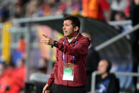 Pelatih baru Valencia hanya mau dinilai dari hasil
