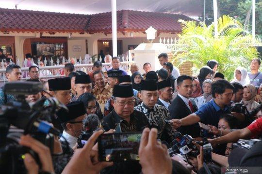 BJ Habibie wafat, SBY dan keluarga melayat ke rumah duka