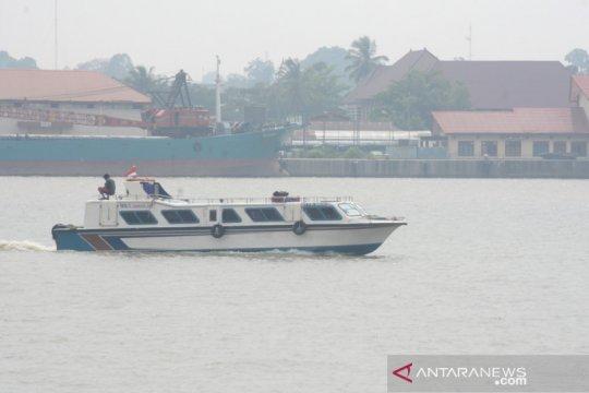 Kabut asap hambat pelayaran di Sungai Kayan, Kalimantan Utara