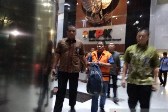 KPK tahan tiga tersangka suap proyek Pemkab Bengkayang