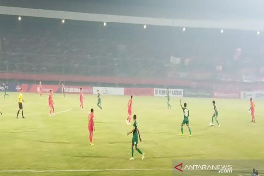 Persebaya tahan imbang Kalteng Putra 1-1 di babak pertama