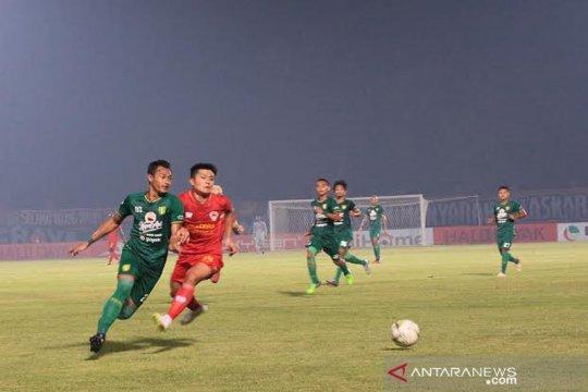 Kabut asap mulai bikin jadwal latihan Kalteng Putra FC terganggu