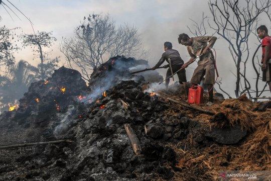 Kebakaran di Kampung Adat Baduy