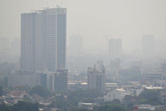 Senin pagi, udara Jakarta terburuk kedua dunia