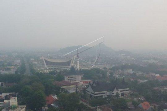Kabut asap, penerbangan di Bandara Minangkabau masih normal