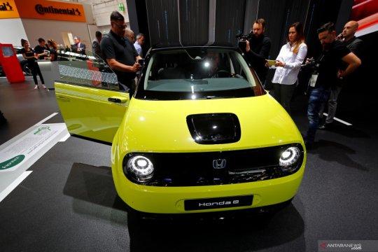 Honda e versi produksi pakai penggerak belakang, daya tempuhnya 220km