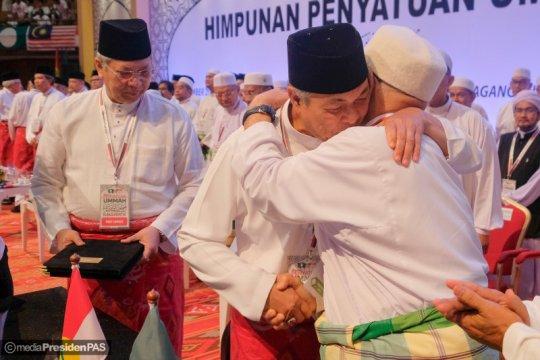 UMNO - PAS tanda tangani kerja sama