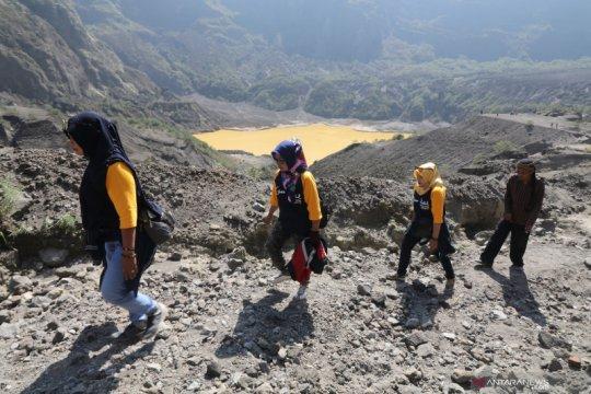 """Kediri kembangkan wisata """"off road"""" di kaki Gunung Kelud"""