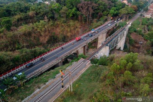 Proyek reaktivasi jalur kereta Padalarang-Cianjur