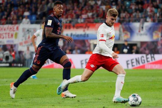 Leipzig tahan imbang Muenchen 1-1 dan pertahankan puncak klasemen
