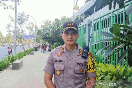 Polisi: Letusan di Stadion Patriot dari suar yang diselundupkan