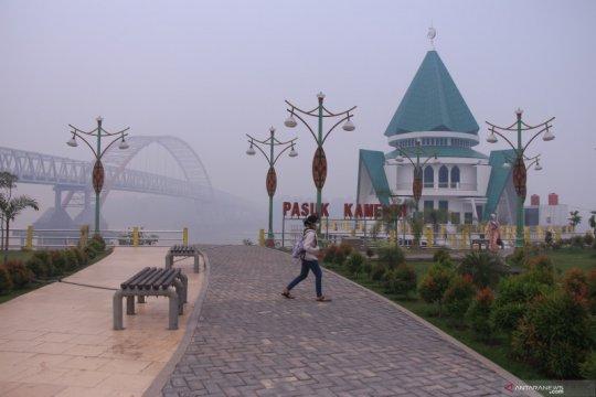 Jarak pandang di Palangka Raya terbatas karena kabut asap