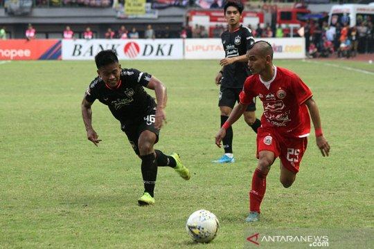 Persija Jakarta taklukkan PSIS 2-1 dalam laga penentu nasib Banuelos