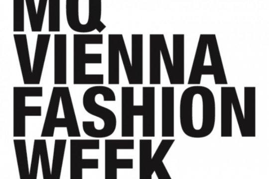 Perak dan Nuansa Batik daya tarik di Vienna Fashion Week