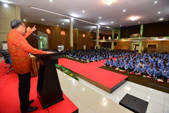 Gubernur Sulawesi Selatan komitmen jadikan kampus sebagai dapur pemerintah