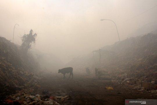 TPA Antang terbakar, sebagian kota Makassar dan Gowa diselimuti asap