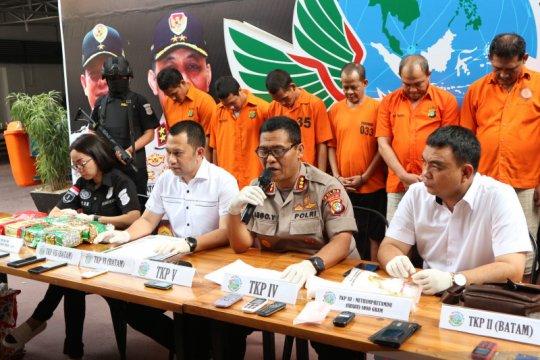 Polisi bekuk delapan pengedar sabu jaringan Malaysia-Batam-Jakarta