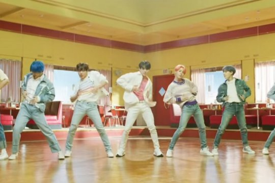 "Video musik ""Boy With Luv"" tembus angka 550 juta penonton"
