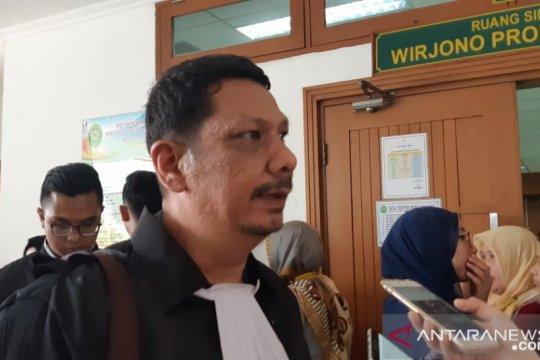 Terdakwa ricuh 22 Mei pembawa batu keberatan atas tuntutan JPU