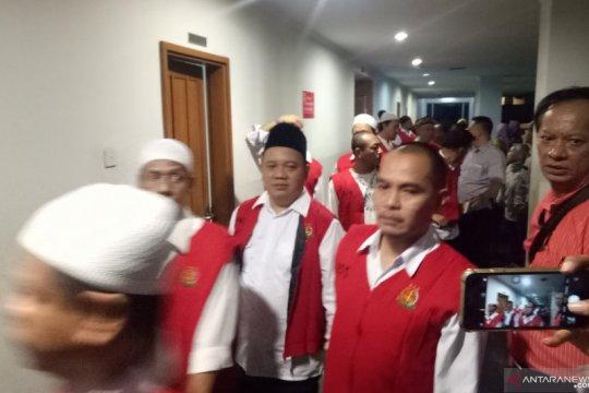 Sidang tuntutan pegawai Sarinah 22 Mei ditunda, tangis keluarga pecah