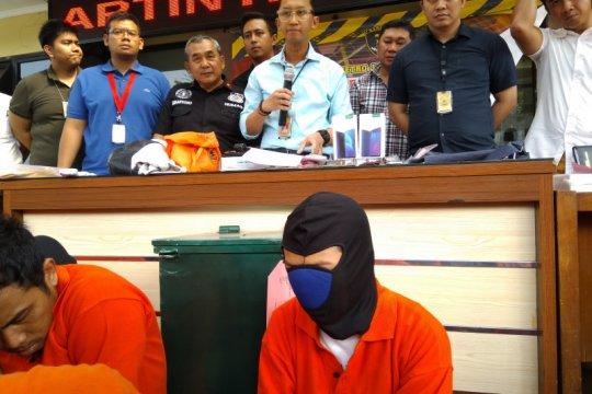 Polrestro Jaksel tangkap wanita pencuri kotak amal masjid
