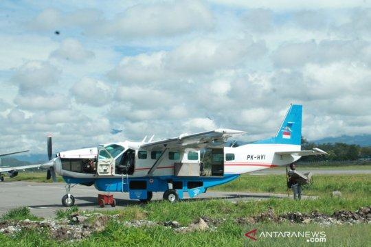 Pemerintah hentikan penerbangan ke dua tempat karena masalah keamanan