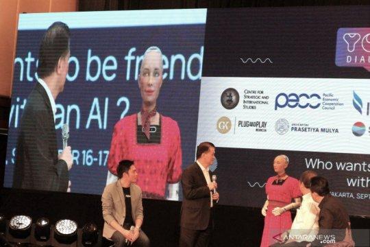 GK-PnP dan CSIS pamerkan kebolehan robot cerdas Sophia