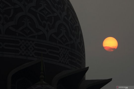 WNA di Malaysia masih dilarang  sholat berjamaah di masjid