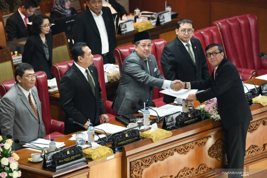 Fahri sampaikan analisisnya soal Jokowi setujui revisi UU KPK