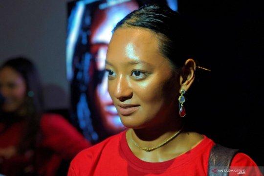 Terlibat dua film, Asmara Abigail bolak-balik antarprovinsi