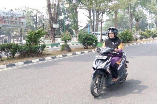 Sejumlah pengendara motor Jambi masih berkendara tanpa masker