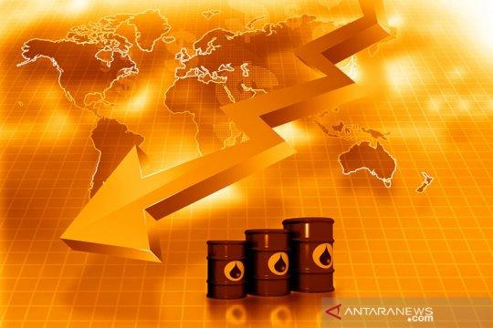 Harga minyak dunia jatuh di tengah kekhawatiran permintaan