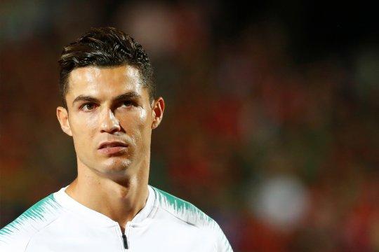 Soal Ballon d'Or, Ronaldo merasa pantas lebih banyak dari Messi