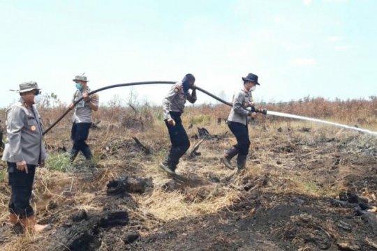Maksimalkan pemadaman, Kapolda Kalsel tinjau titik api Karhutla