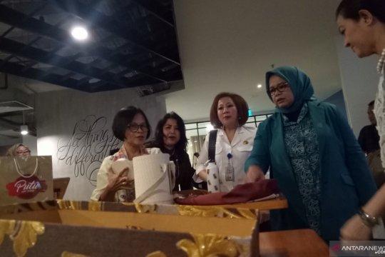 Dekranasda DKI gelar pameran suvenir di Jakarta Creative Hub