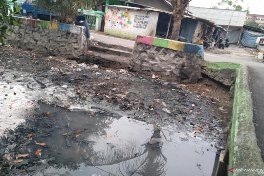 Kali Maja surut, warga terdampak kekeringan dan krisis air bersih