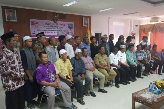 Pemkab Manokwari berangkatkan 78 muslim umrah