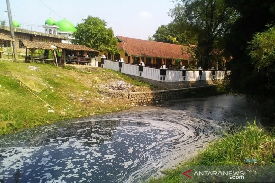 Anggota DPRD Jabar desak proses hukum perusahaan yang mencemari sungai