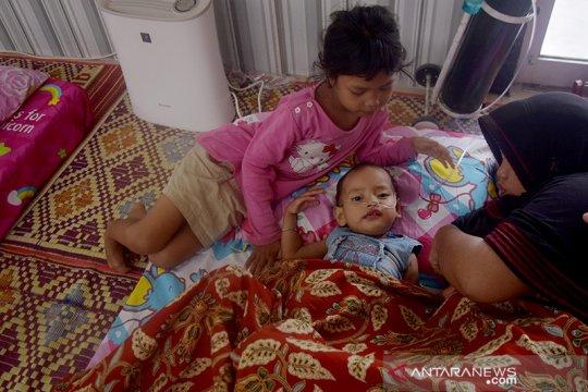 Anak-anak jatuh sakit akibat sebulan kabut asap selimuti Pekanbaru
