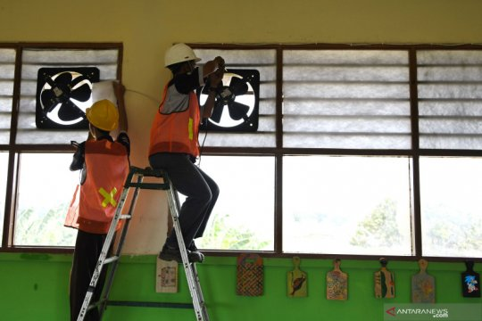 Pemasangan instalasi sekolah aman asap