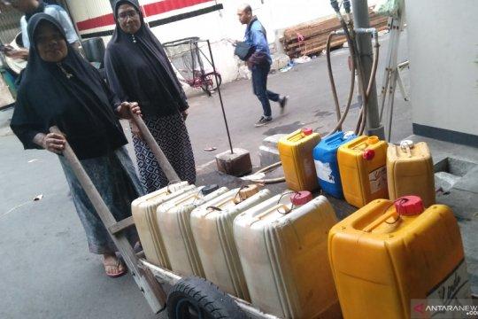 PAM Jaya sediakan kios air 4.000 liter untuk warga RW 02 Pegadungan