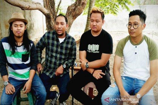 Musisi Sampit rilis lagu suarakan keprihatinan dampak kabut asap