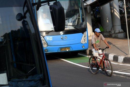 Uji coba jalur sepeda Jakarta