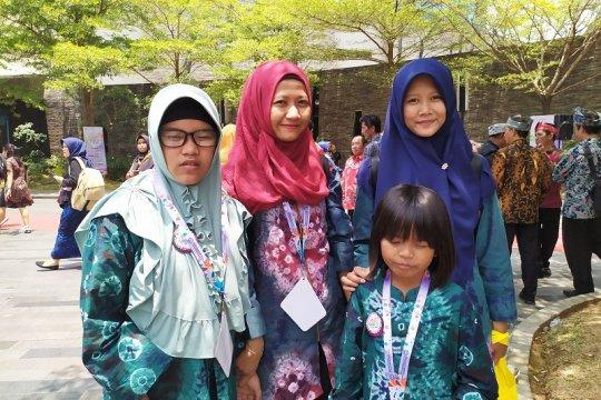 Penyandang disabilitas berkompetisi di FLS2N Lampung