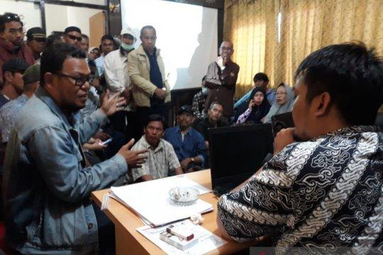 Korban gempa desak Pemkot Palu data kembali penerima Jadup