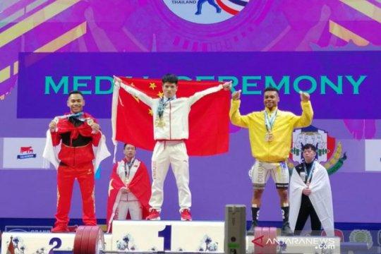 Eko Yuli Irawan persembahkan dua perak di Kejuaraan Dunia Thailand