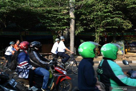 Di Jakarta kendaraan masuk jalur sepeda dikenakan denda Rp500 ribu