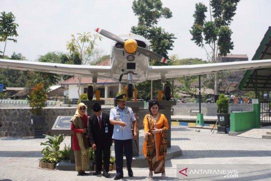 Panglima TNI resmikan monumen pesawat di UNS