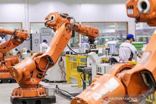 Sambut revolusi otomotif, ABB tawarkan solusi pabrik robotik
